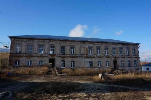 Реставрация братского корпуса
